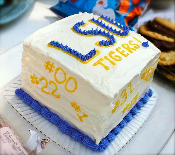 LSU Cake - 3